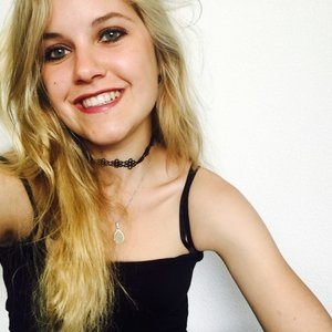 sarah melbourne victoria swiss girl who is studying psychology