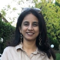 Archana Bhate would like to give English lessons as an ESL teacher