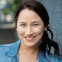Award-winning actress & Trinity College London accredited private Speech & Drama tutor in Queensland, Australia teaches drama skills, acting techniques, performance confidence and public speaking.