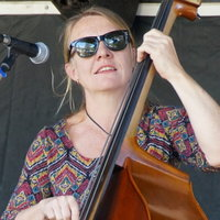 Bachelor of Music Teacher gives primary and High school students lessons in electric and upright Bass in Coffs Harbour area.