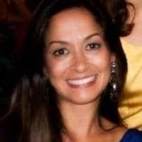 Brazilian Portuguese Tutor from São Paulo with 17 years of experience in teaching with a degree in Languages.