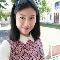 Chinese ANU current Master of Science Communication student give lessons in Canberra