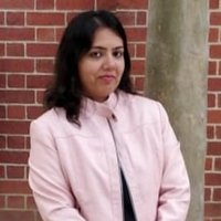 Deakin Business Analytics student giving lessons in analytics and clearing doubts in subjects