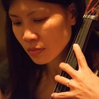 Experienced lady cello teacher for beginners to advanced levels in Wantirna area.