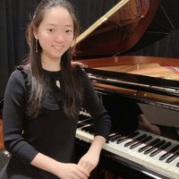 Experienced pianist (Unimelb Student) gives piano/music lessons, would like to teach children