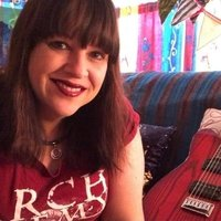 Fiona Kershaw Music gives guitar and piano lessons designed for your musical tastes, based in SW Victoria.