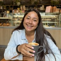 Guatemalan, Businesses and event management student teaches Spanish one on one sessions
