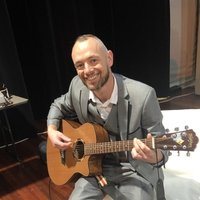 John, Bachelor in Music student offering guitar lessons in and around Sydney CBD