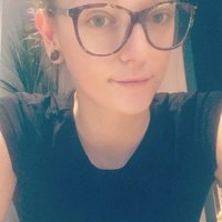 Macquarie Post-grade Arts student, French native speaker and experienced teacher giving French lesson/tutoring