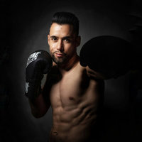 Multiple world champion of Kick Boxing and K-1 Light, I offer Kick boxing, K-1 and Muay Thai courses adapted to all levels and in different languages (Français, English, Español)