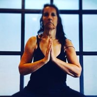 Private Yoga classes focusing on breath & alignment ,tailor made to your unique needs