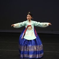A professional dancer can help you experience 'Korean Traditional Dance'! Even if you've never done it before