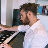 Professional media/video game composer offering lessons in music technology in Perth region