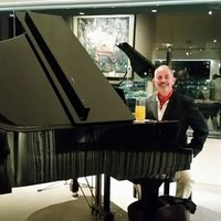 Quality Piano and singing tuition in Sydney. 40 years experience. Mature beginners welcome.