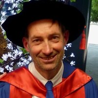 I am Dr Richard Kenderdine, specialist mathematics and statistics tutor with 25+ years of experience as a private tutor.