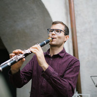 Royal Academy of Music Graduate and Experienced Freelance Orchestral Musician teaching Clarinet, Saxophone, Flute and Recorder Online and across South London