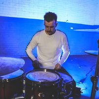 Touring and 15+ years experienced drummer providing personalised lessons to students of all ages