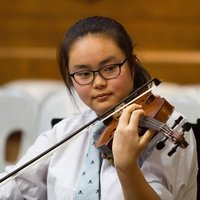 Trinity Music Performance Student gives violin lessons (with low price) to all level of students