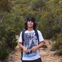 UOW Geologist from Yamba can teach Maths, environmental sciences, geography and spanish