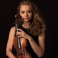 Violin lessons for beginners and advanced (in English, Russian, German). Always in a friendly atmosphere and at a professional level