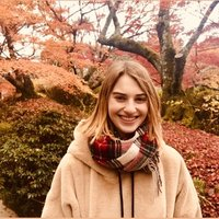Year 11 university senior college student offers basic Japanese teaching in Adelaide
