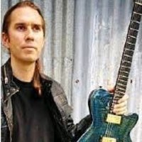 Zoom Guitar and Bass Teacher - Learn from a touring professional - Australia and Internationally